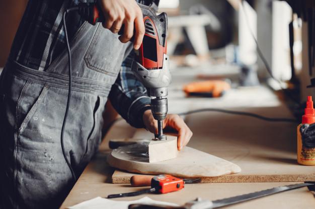 Εργαλείο επεξεργασίας ξύλου