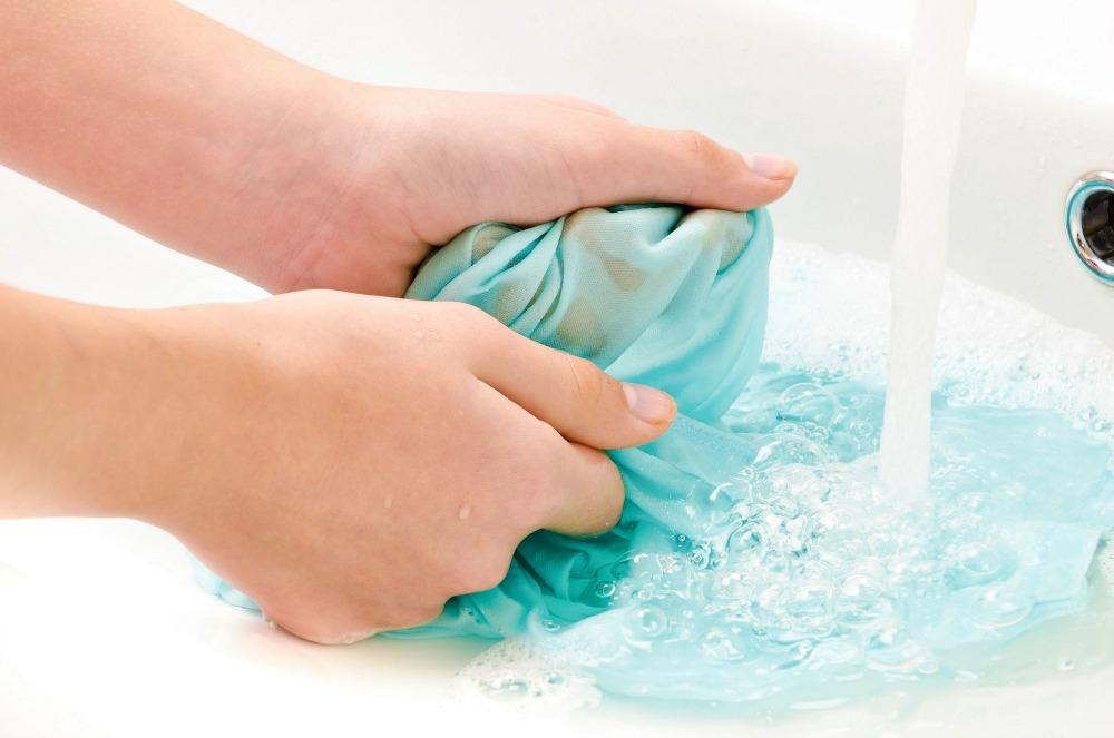 Ostrianet.gr - Επαγγελματικά Απορρυπαντικά - Πλύσιμο Ρούχων Στο Χέρι